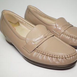 SAS Tripad Comfort Foot Bed Womens Tan  Loafers